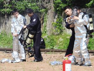 南京地铁全线安检 金属探测门把关青奥会