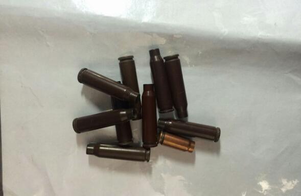 军人携弹壳过机场金属安检门被检测没收[图]