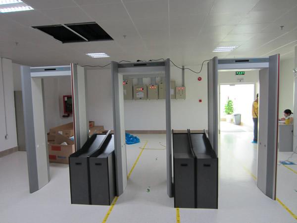 金属安检门对机场安检的重要性解析.jpg